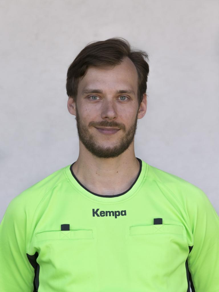 Lars Schiedsrichter