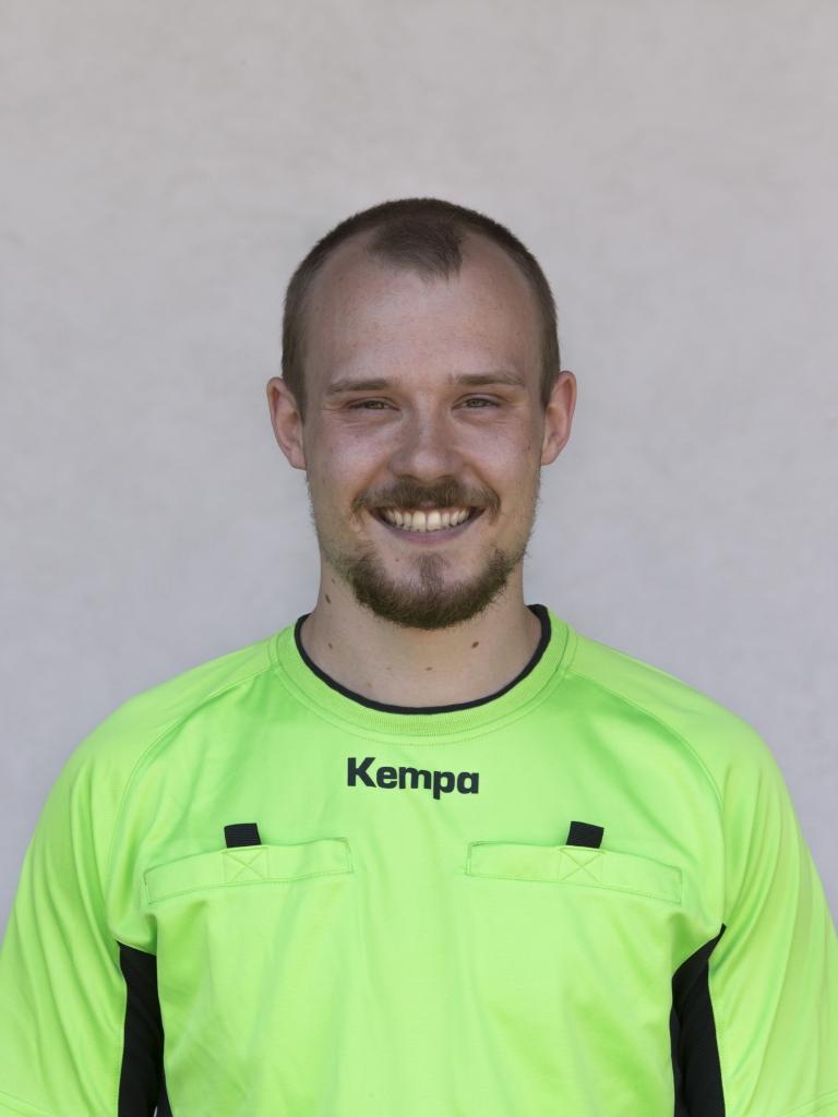 Dominik Schiedsrichter